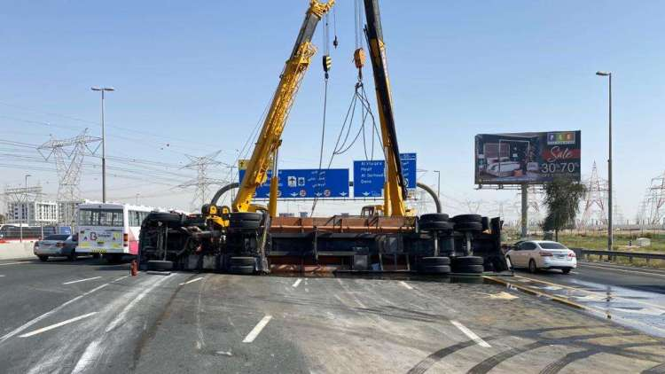 Water tanker UAE E311 Sheikh Mohamed bin Zayed road highway overturn