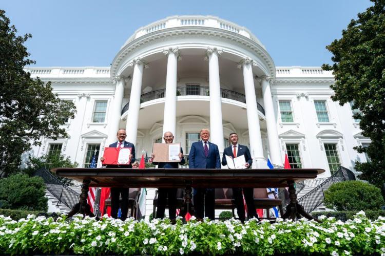 UAE israel USA Abraham accord sign White House donald trump benjamin netanyahu sheikh abdullah bin zayed al nahyan