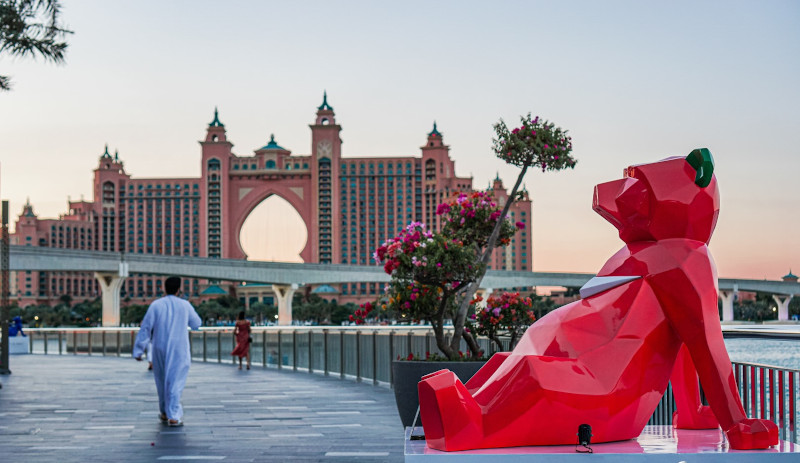 Idriss B tiger gorilla statue sculpture helicopter Dubai JBR wane by somiya viral artist french paris tunisia akon lindsay lohan