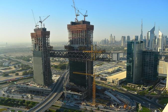 One Za'abeel Construction cantilevered building longest world record dubai uae sheikh zayed road