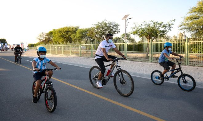 Dubai Run Dubai Fitness Challenge Sheikh Hamdan Sheikh Zayed Road cycle