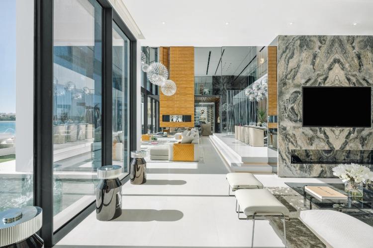 Dubai Palm jumeriah villa mansion real estate sells for AEd 111 million $30 million one 100 palm michael alibhai