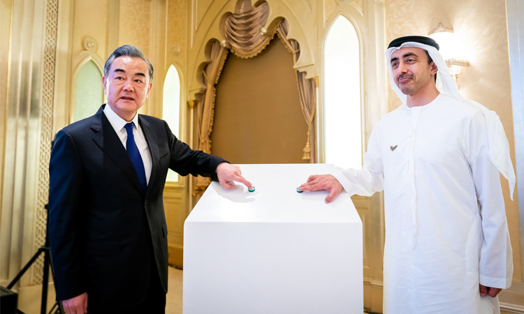 """UAE Begins Manufacturing Coronavirus Vaccines 'Hayat-Vax' In a bid to make Coronavirus vaccines more affordable and available in the Middle East, the UAE is rolling out locally-manufactured 'Hayat-Vax' immunizations in collaboration with China's Sinopharm CNBG. Sinopharm, a pioneer of Covid-19 vaccines since the last six months with supplies of over 100 million doses globally, announced a joint venture between with Abu Dhabi-based technology company Group 42 (G42) to manufacture vaccines in the country and in partnership with Ras Al Khaimah-based pharma firm Julphar, it's expected to produce two million doses every month. In December 2020, the UAE's Ministry of Health and Prevention (MOHAP) registered Sinopharm and their vaccines proved an impressive 86% efficacy in its initial trials, while Sinopharm reports a 79.34% efficacy based on its interim results. """"When COVID-19 began to spread rampantly last year, the UAE and its leading technology company G42 explored the possibility of hosting the clinical trials of a COVID-19 vaccine in the country. Sinopharm has undertaken the mission of fighting this pandemic and thanks to the close collaboration with the UAE, Sinopharm's vaccine has been now administered to millions of people in the country, the region, and the world in a fundamental step towards defeating this virus. We are proud to partner with G42 in this new Joint Venture that will play a vital role in combatting COVID-19 globally, making an indelible contribution to the health of our communities."""" Liu Jingzhen, Chairman of Sinopharm In addition to Sinopharm's joint venture with G42 to manufacture Coronavirus vaccines in the UAE, they also plan to build a vaccine plant this year; KIZAD, touted to have an annual production capacity of 200 million doses across three filling lines and five automated packaging lines. """"The launch of the vaccine manufacturing capabilities in the UAE is a momentous step in the fight against COVID-19. We are grateful to the shared vision"""
